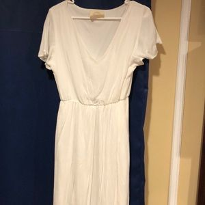 Lined and cinched white/cream dress